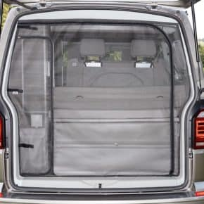 Flyout Moskitonetz von Brandrup auch für den VW T5 - FLYOUT Insect protection for tailgate in the VW T6 / T5 California