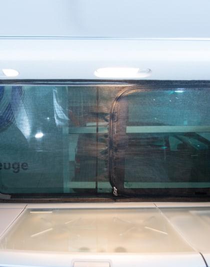 Flyout Moskitonetz für VW T6/T5 California (Beach ab 2011): Schiebefenster links