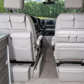 """UTILITIES Taschen für Fahrerhaussitze VW T6/T5 California, Design: """"Leder Moonrock"""", UTILITIES: Taschen mit MULTIBOX für linken Fahrerhaussitz des VW T6/T5 California, Design: """"Leder Moonrock"""", Art.Nr.: 100706750, 100706751"""
