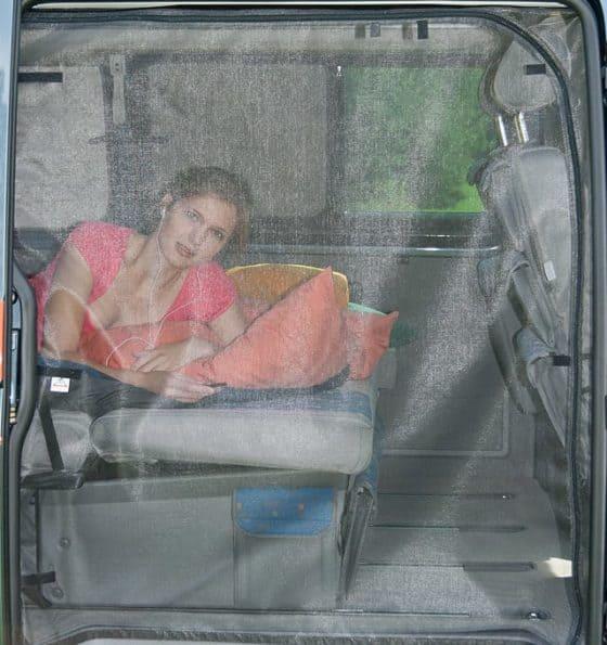 FLYOUT Moskitonetz für VW T5 Kombi: Schiebetür-Öffnung, Moskitonetz für Schiebetür VW T5, FLYOUT T5