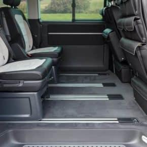 """Veloursteppich VW T6/T5 Multivan für den Fahrgastraum mit 2 Schiebetüren, Design: """"Moonrock"""", Art.Nr:100708598"""
