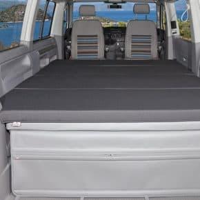 """iXTEND Faltbett für VW T6/T5 Multivan und Beach, Design """"Titanschwarz"""", Art.Nr.100709019"""