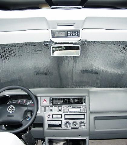 Beispielbild ISOLITE Inside auch für Fenster im Fahrerhaus des VW Crafter