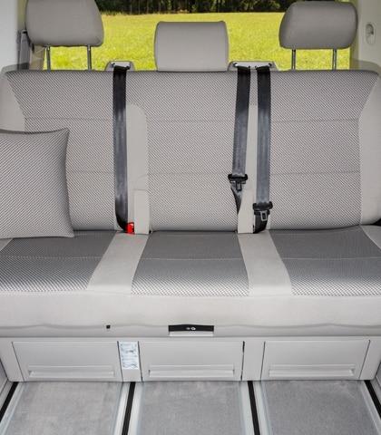 """Schonbezüge VW T6 California Beach 2er-Bank mit Aussparung für Isofix-Halterungen ab Mitte 2018, Design """"Pilion/Moonrock"""""""
