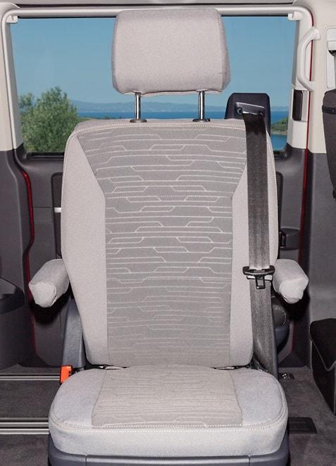 "Brandrup Second Skin protective cover for a swivel seat (2 rows of seats) in the VW T6.1 / T6 California Ocean / Coast ""Circuit Palladium"" - Second Skin Schonbezug für einen Drehsitz (2. Sitzreihe) im VW T6.1/T6 California Ocean / Coast im Design ""Circuit Palladium"""