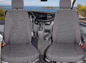 Second Skin Schonbezüge für die Fahrerhaussitze im VW T6.1 Multivan im Design