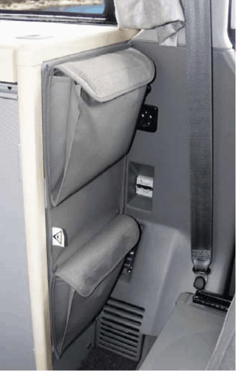 """UTILITY Taschen zur Anbringung am Spülschrank des VW T4 California Coach im Design """"Palladium"""" - Wiest Online Shop für Brandrup Produkte"""