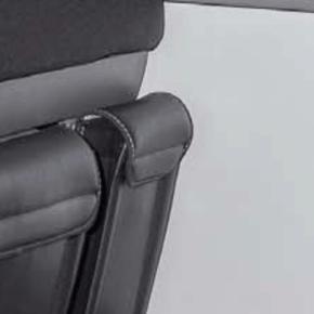 """UTILITY Tasche für den Bettkasten im VW T6.1 / T6 / T5 California Beach, vorne links, im Design """"Leder Titanschwarz"""""""