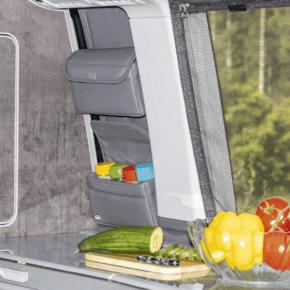 Brandrup Utility Gewürztasche mit 2 Taschen, davon eine mit 4 Haltern für Gewürzgläser, für das Schrankfenster im VW T6.1 / T6 / T5 California