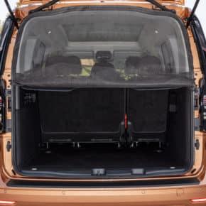 Das Brandrup Moskitonetz für den VW Caddy 5 / Caddy California kann an der Heckklappe angebracht werden und lässt sich partiell öffnen